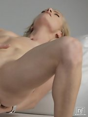 Sexy blonde babe Bella Bends gives herself a finger ride in her shaved needy pussy and then fingers her horny ass hole